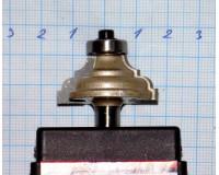 Фреза по дереву для ручного фрезера кромочная калёвочная 32х14 мм хв.8 мм R-4 мм STRONG