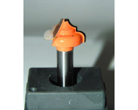 Фреза по дереву для ручного фрезера пазовая фасонная 15х10 мм R 3 ммхв.8 мм STRONG
