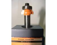 Фреза по дереву для ручного фрезера кромочная калёвочная 17х5 мм хв.8 мм R-2 мм STRONG