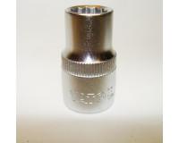 "Головка торцевая YATO 1/2""  10 мм CrV 12-гранная"